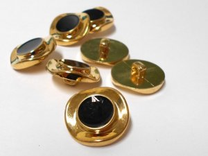 Wholesale Button Gold with Black Ripple design