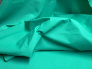 Broadcloth Fabric - Polyester-Cotton Blend - Jade