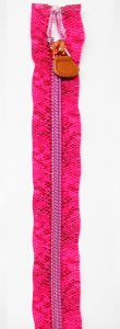 Lorna - 18 inch Separating Zipper - Snake Pink