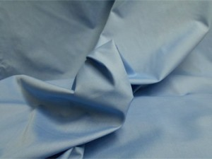Broadcloth Fabric - Polyester-Cotton Blend - Robin Egg
