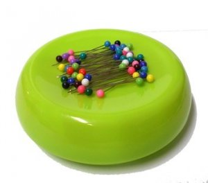 GrabbIt Magnetic Pin Cushion - Lime