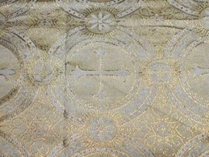 Metallic Church Brocade White-Gold